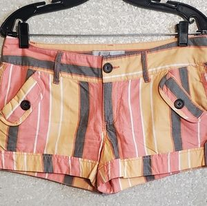 DAYTRIP SHORTS (THE BUCKLE) SIZE 27